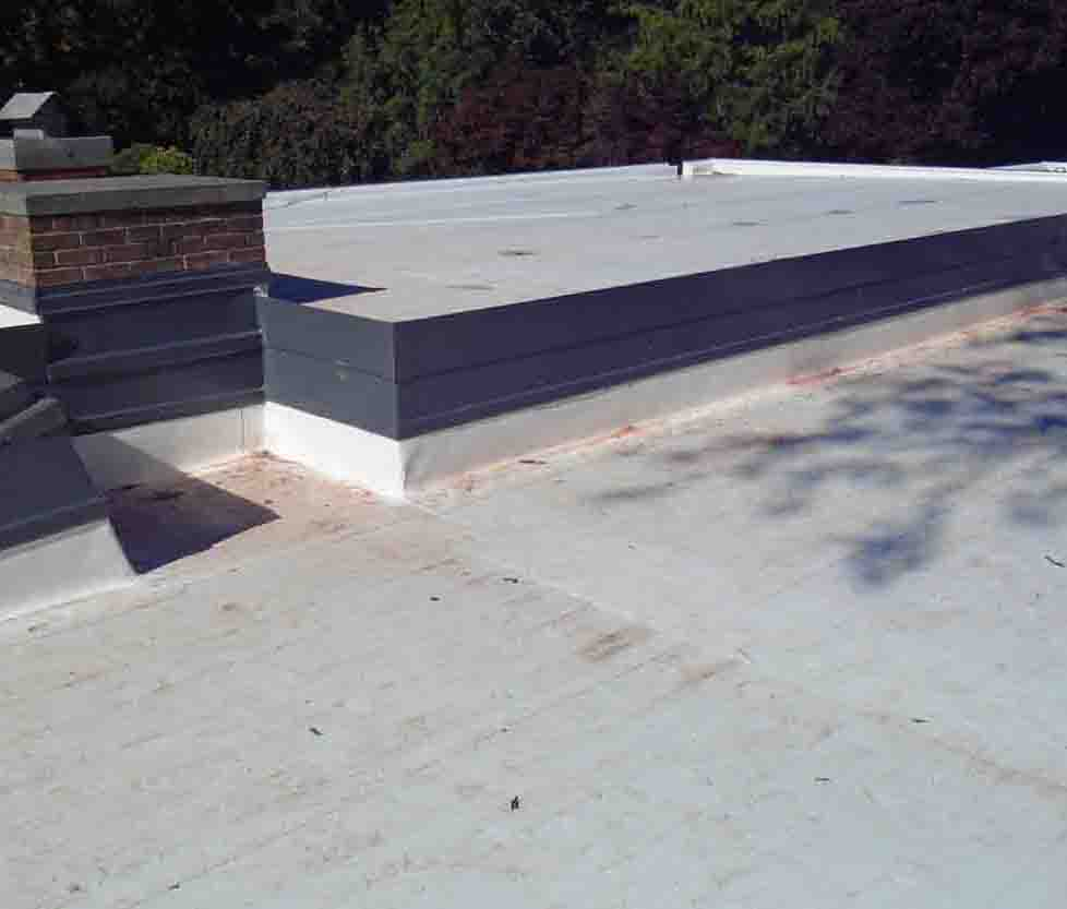 Low-slop (flat) roofing