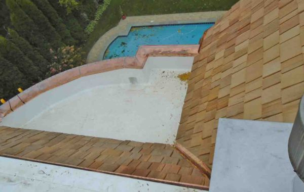 Cedar Shake Roof Combined with Low-Slope (Flat) TPO Roofing System – Project 14111040